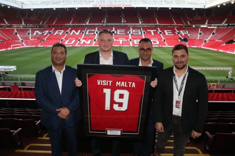 """La """"vacanza a Malta"""" è sponsor del Manchester United"""