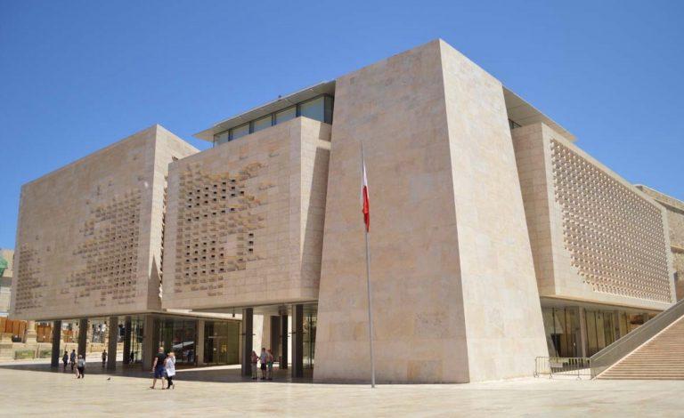 Malta: stabilità di Governo e vicinanza istituzioni-territori