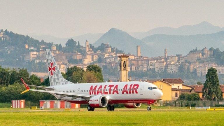 Parte da Bergamo il primo Boeing 737-8200 Malta Air